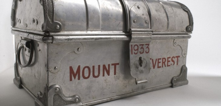 L0035744 Tabloid medicine chest used on 1933 Mount Everest Expedition