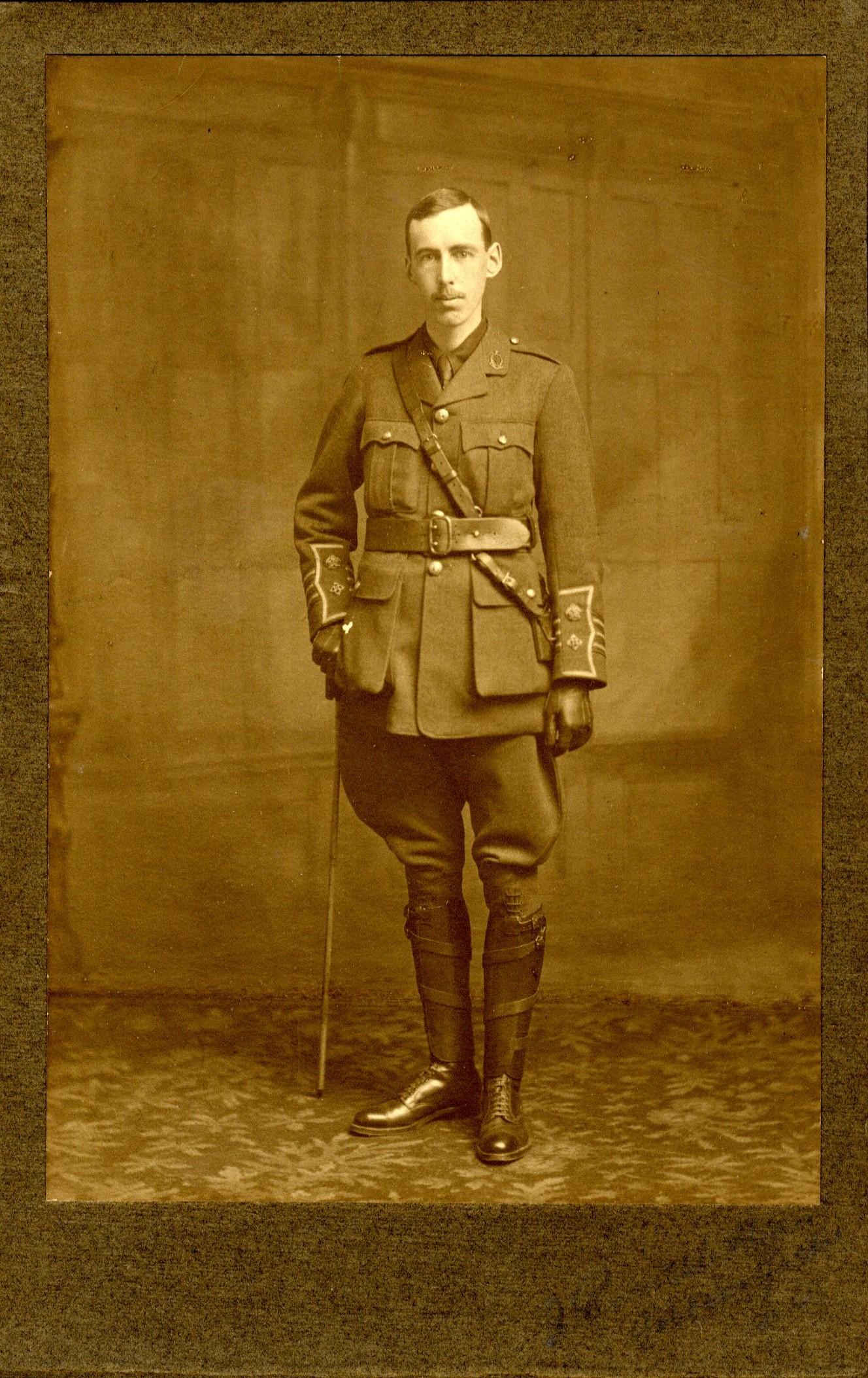 Leiper Uniform001